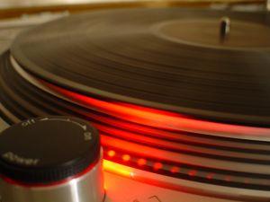 dj-turntable