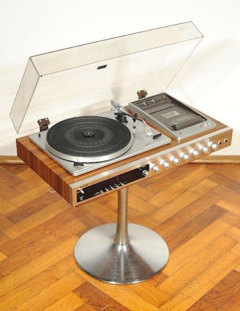 Vintage Turntables Turntabling